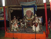Folk music group